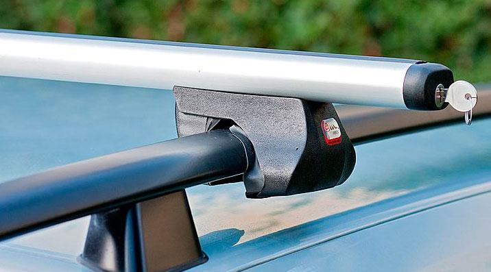 Поперечина, соединительный элемент которой фиксируется ключом - простое решение для предотвращения кражи