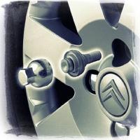 Секретные болты и гайки (секретки): колеса на замке